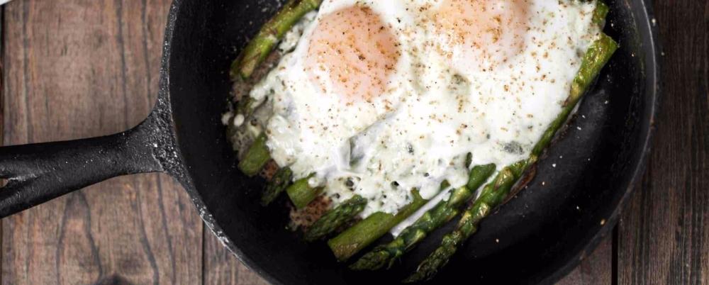 asparagus_and_eggs